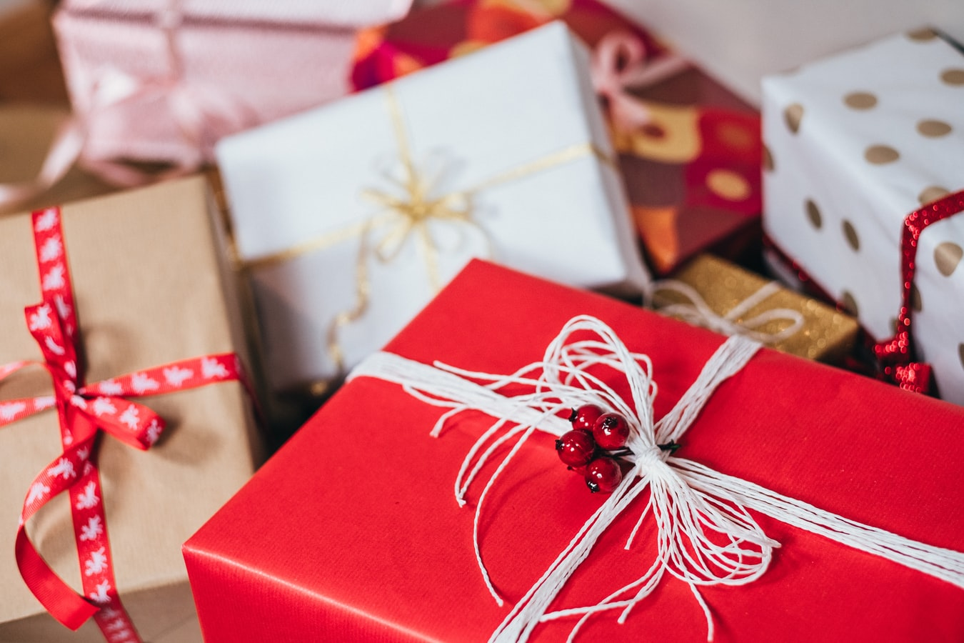 Gift Ideas For Those Who Are Hard to Buy For | Christmas 2020 Gift Guide