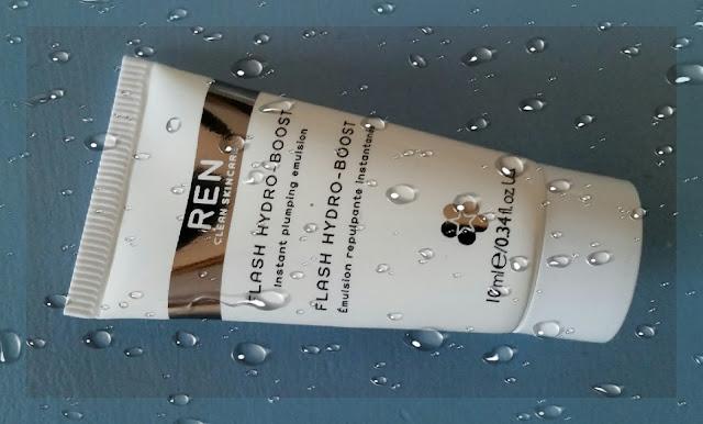 REN Flash Hydro Boost - wspomaganie nawilżania na wzór azjatyckich lotionów