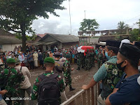Letupan Senjata Warnai Pemakaman Praka Dedi Hamdani