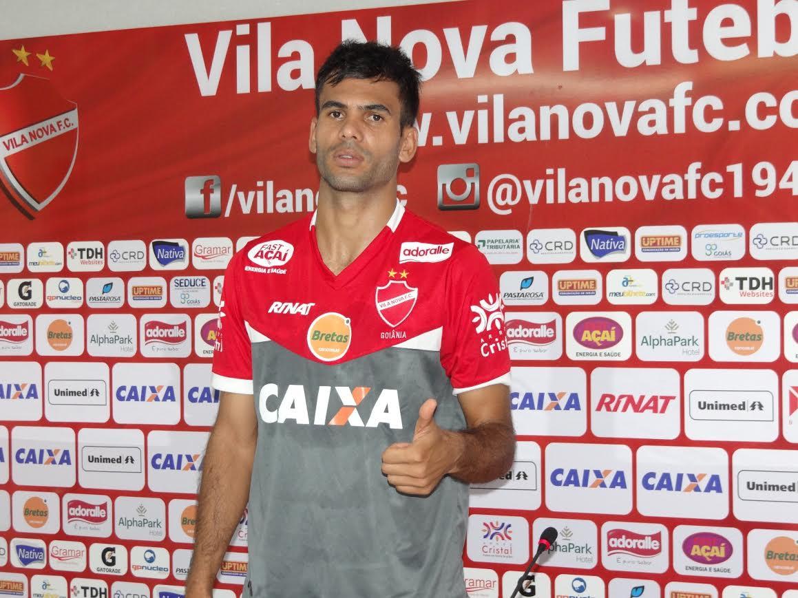 d223c3181e4a3 Vila Nova apresenta novo uniforme de treinamento ~ Mais Futebol ...