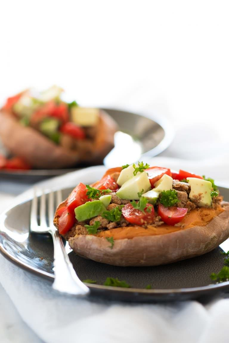 5-Ingredient Taco Paleo Stuffed Sweet Potatoes Whole30 Lunch Recipe