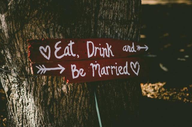 Tips Biar Tidak Baper Saat Menghadiri Pernikahan Teman
