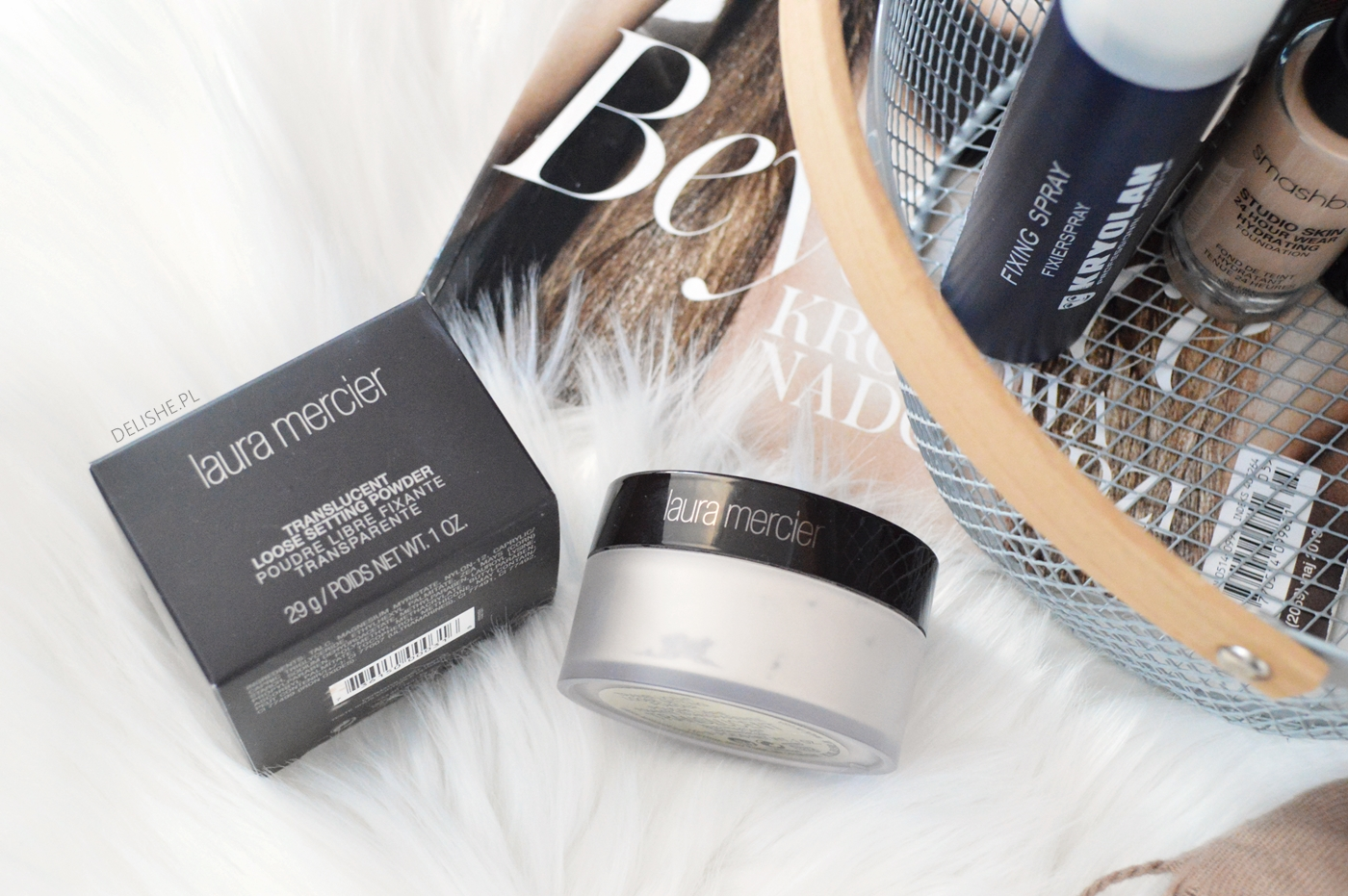 puder TRANSLUCENT LOOSE SETTING POWDER laura mercier blog