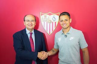 Ενισχύεται με τον  Chicharito η Sevilla