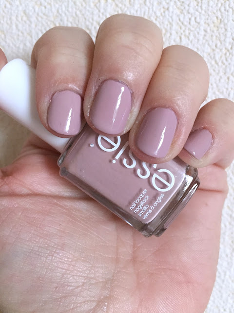 Essie Fall Collection 2016 - Go Go Geisha swatch