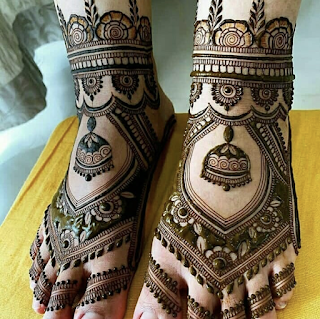 Simple mehndi designs for legs