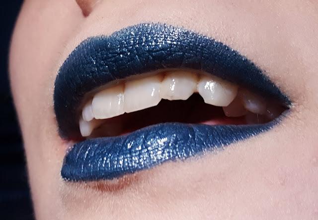 essence lipstick lippenstift swatch review metalshock stargazer