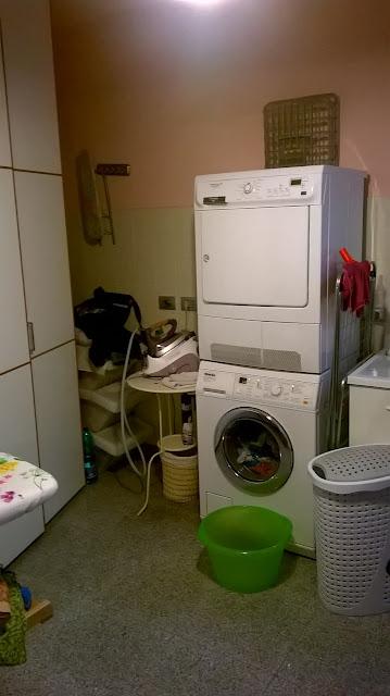 la lavanderia - stireria della villa a mozzo via mozzi