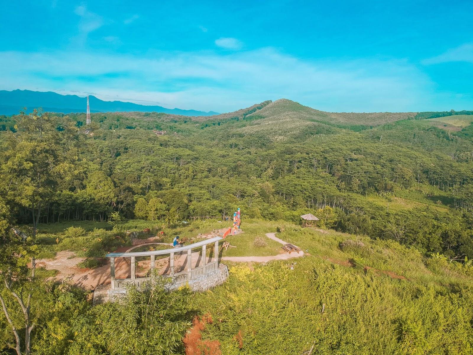 Bukit Pangonan: Tak Seram, Rupanya Alas Roban Seindah Ini - Dear