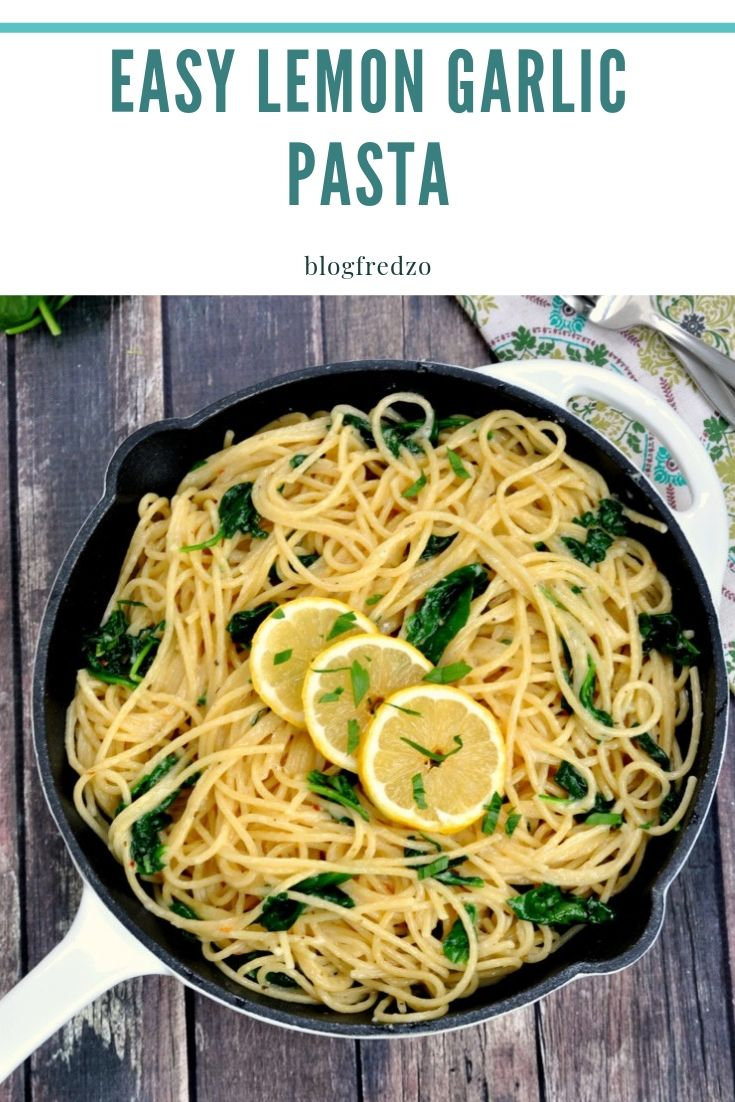 It seems like everyone has insane schedules these days! Quick and easy recipes are a key to getting everyone around the dinner table. This easy lemon garlic pasta is packed with flavor in an easy to follow recipe that is ready super fast.