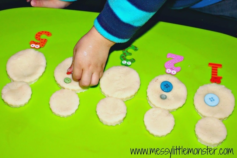 Playdough snowman learning activity for kids
