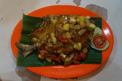 """Bawal Goreng Asam Manis  """"Fresh Food Purnama"""""""