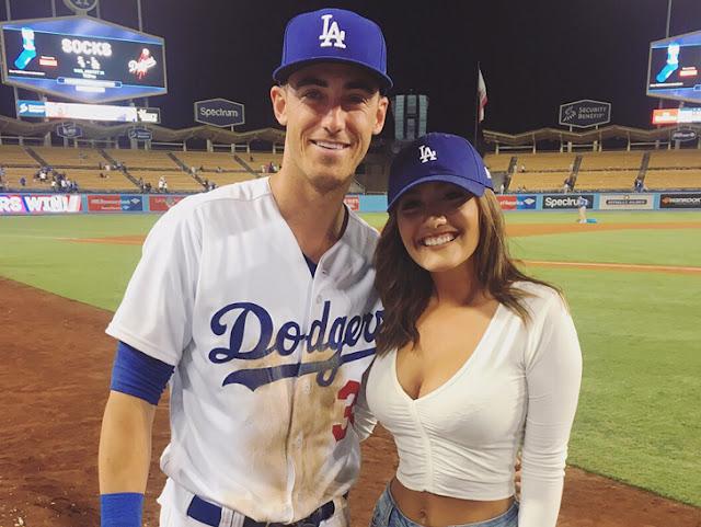 Cody Bellinger Berkencan Dengan Mahasiswi HOT Pra-hukum