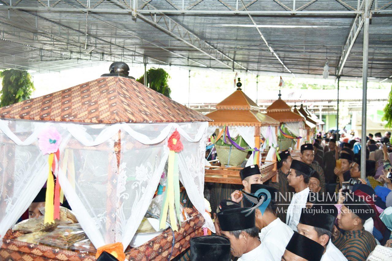 Ribuan Ingkung Meriah Haul Syaikh Ibrahim Asmoroqondi Kuwarisan
