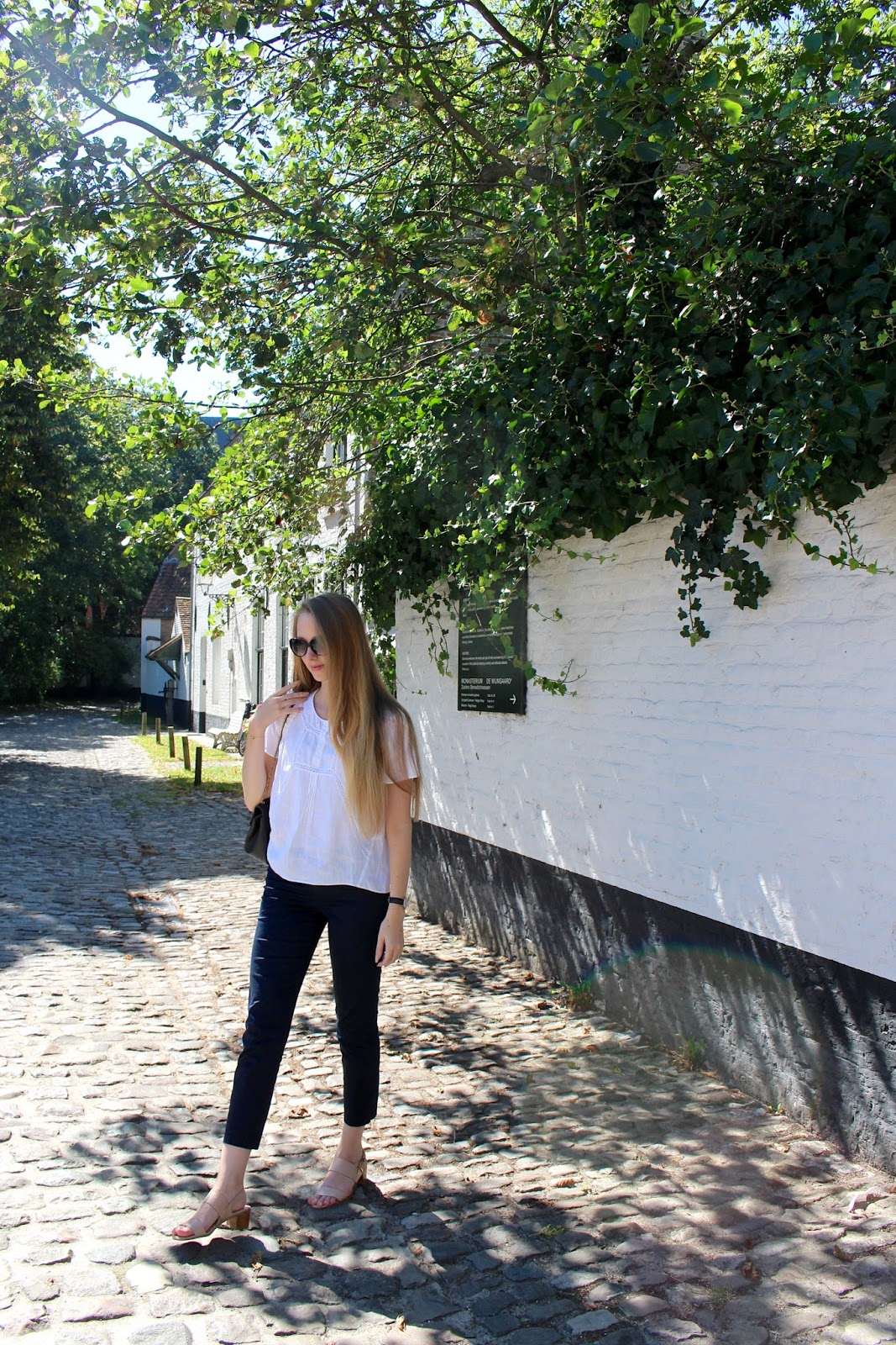 What to wear in Bruges in August summer