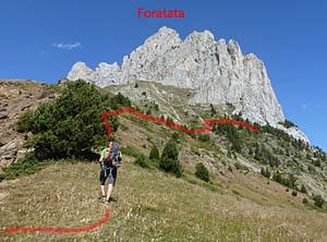 Aproximación a la vía Valle de Tena en la Foratata Oriental, cara Sur