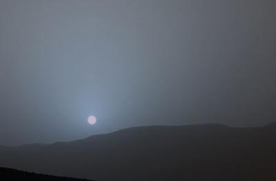 Il tramonto del Sole su Marte come lo vedrebbe l'occhio umano