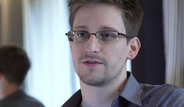 Edward Snowden no Web Summit