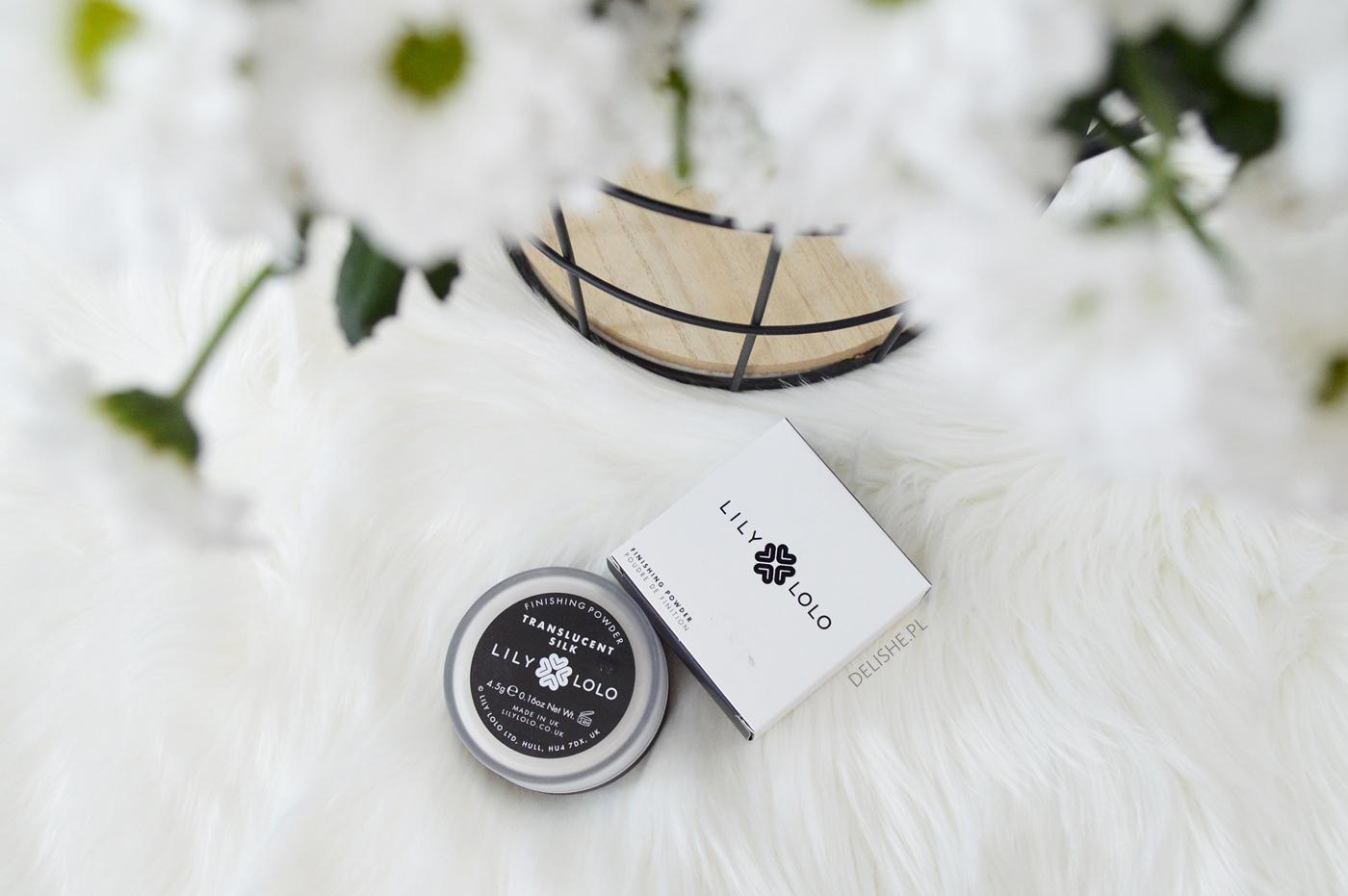 kosmetyki mineralne latem - Translucent Silk Lily Lolo
