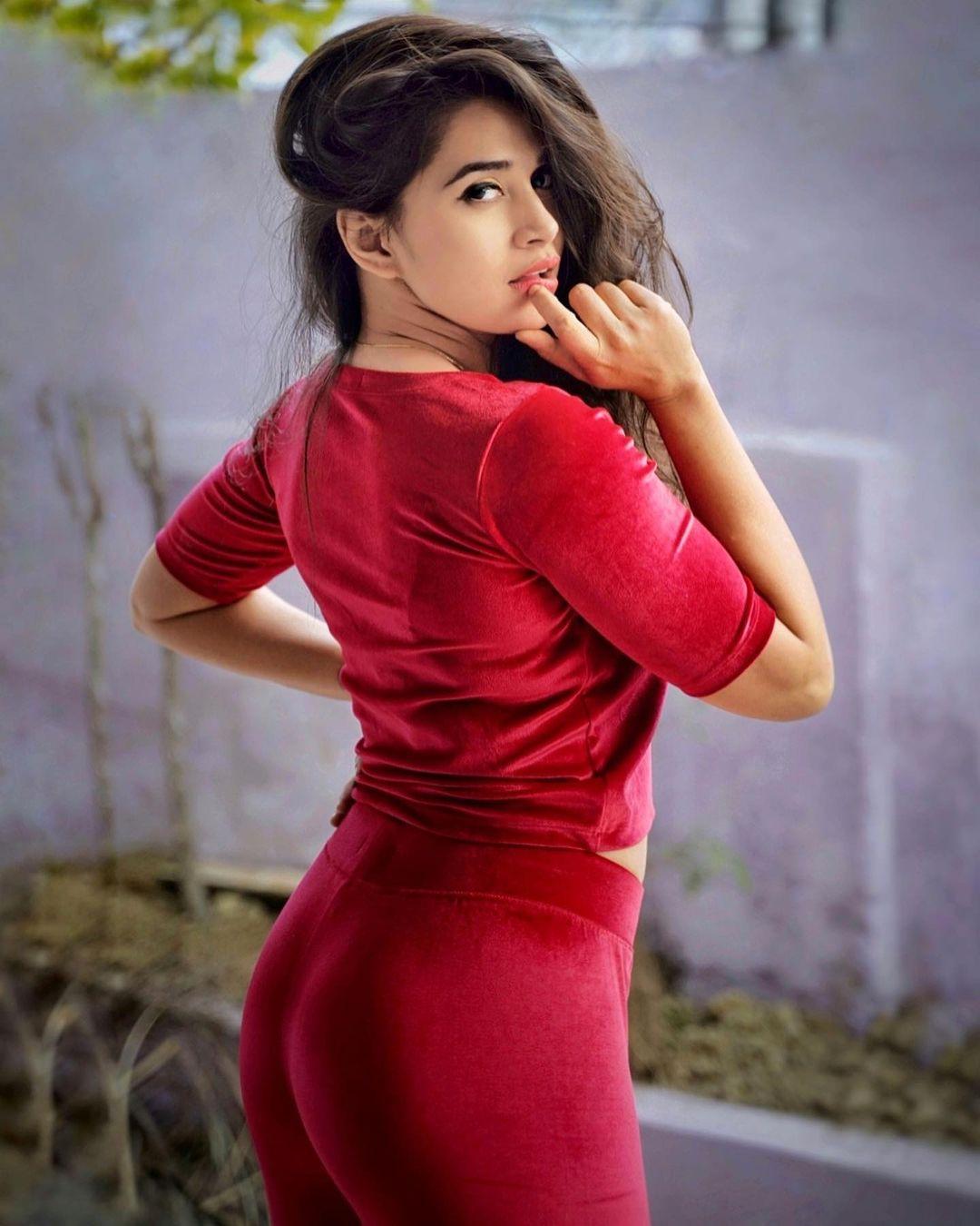 Apoorvaalex Latest Hot Photos - Instagram Model Apoorvaalex