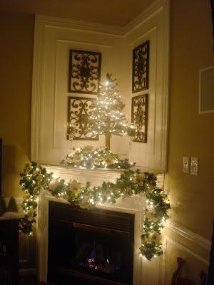 magnolia Christmas mantel decor