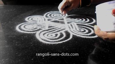 varamahalakshmi-festival-rangoli-276ad.jpg
