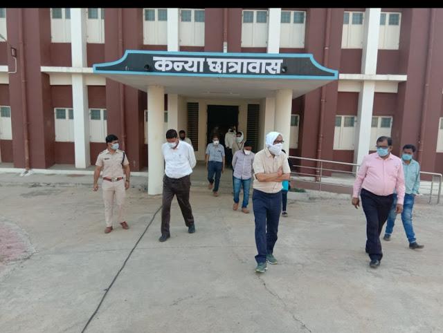 भीमपुर में पोसेटिव मरीज मिलने के बाद कलेक्टर व SP का दौरा