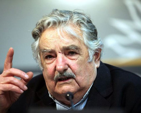 """""""Pepe"""" Mujica: Diálogo en Venezuela debería enfocarse en lo económico y no en lo político"""