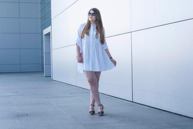 Biała Sukienka Zara Na Lato