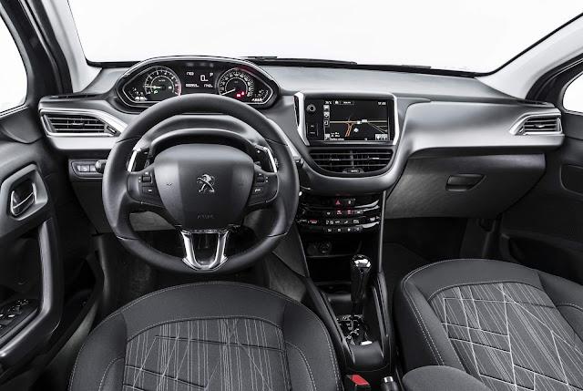 Peugeot 2008 2018 AT6