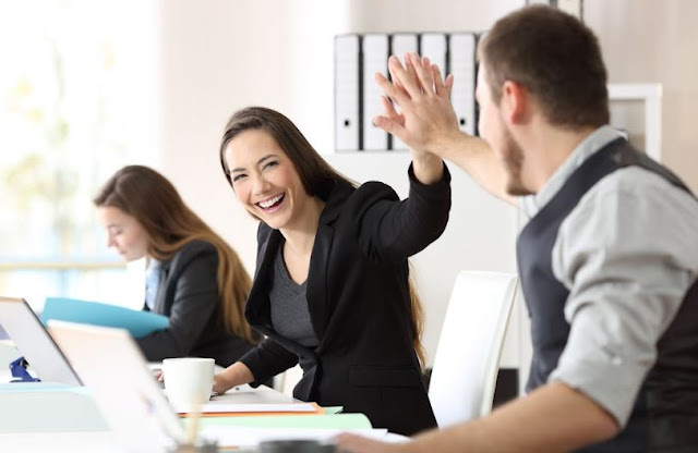 how to incentivize employees reward program improve worker productivity boost retention