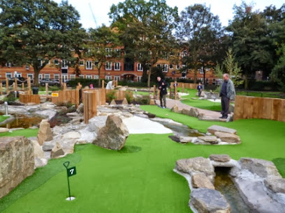 Putt in the Park mini golf at Wandsworth Park, London
