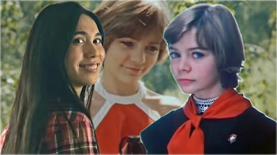 """""""Японская Алиса"""" (слева) и русская Алиса (в центре и справа) [фотоколлаж]"""