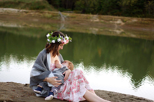 Breastfeeding in Public- Why NOT?