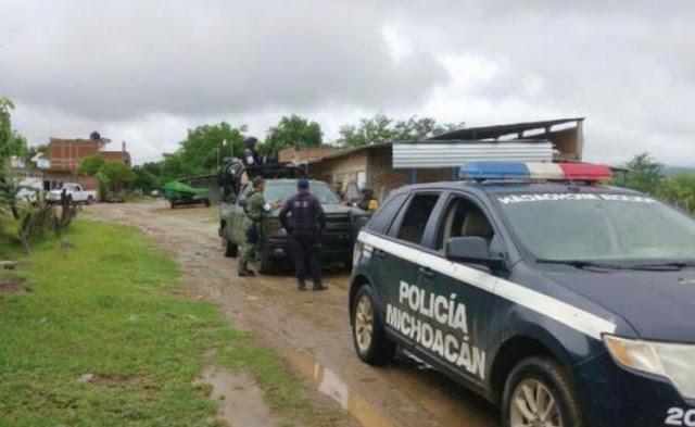 """""""El Gastón"""" líder de """"Los Viagras"""" huye cobardemente abandonando a su suerte a 13 familiares mujeres y niños que iban a ser incinerados en Michoacán"""