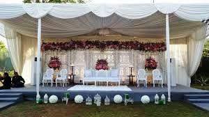 dekorasi pernikahan pesta taman