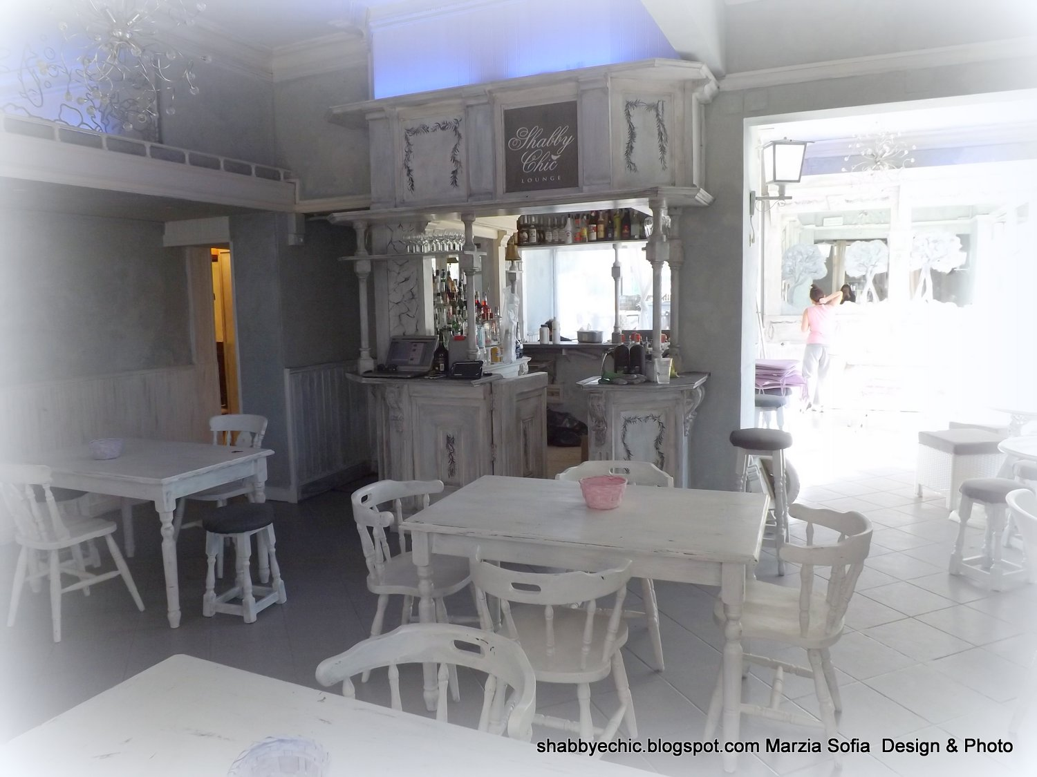 Ben noto Lo Shabby Chic Lounge RR95