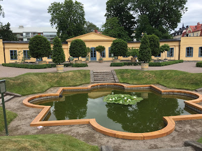 Aquarium lacustre - lake pond and orangery.
