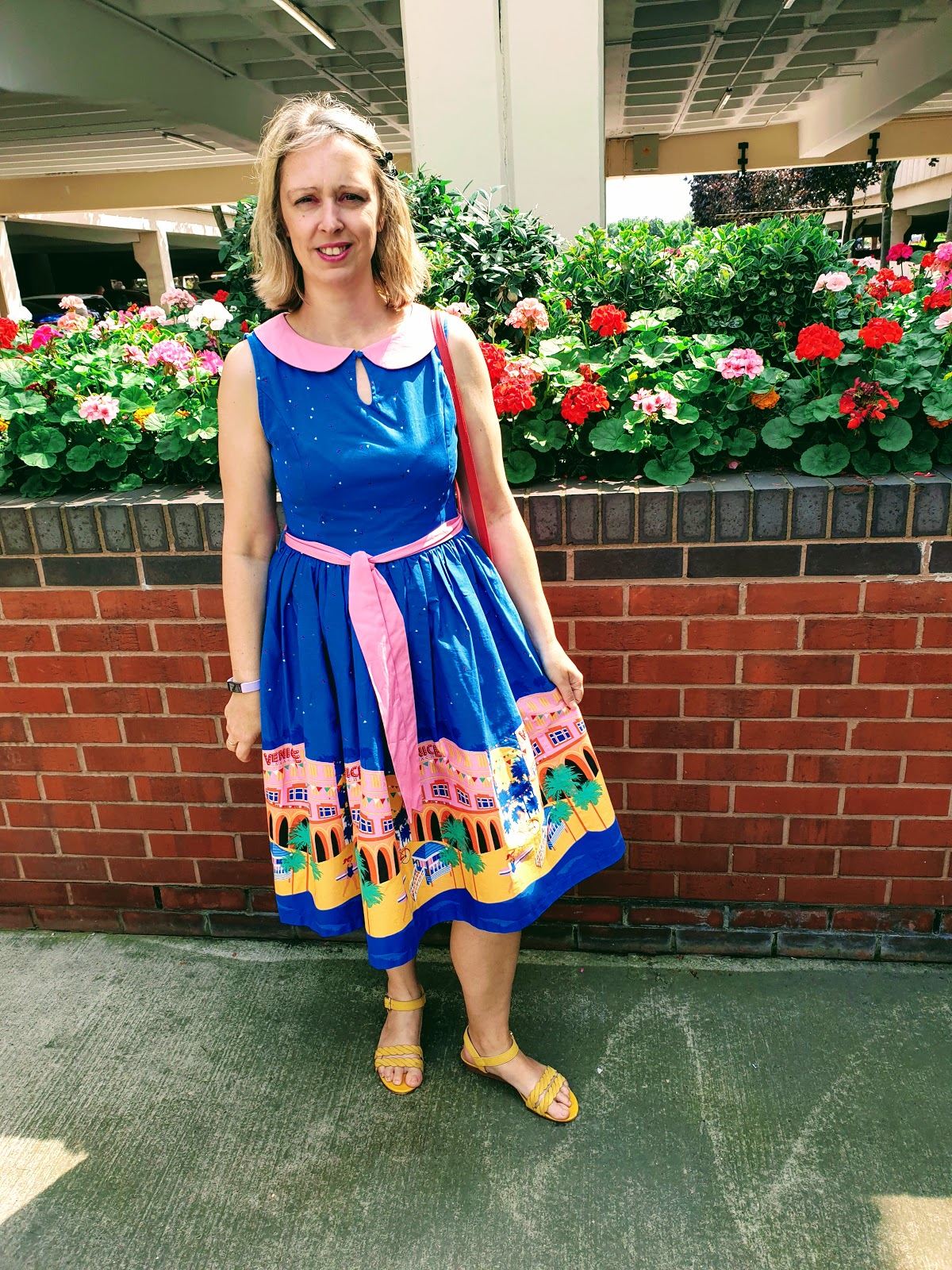 Venice Beach Swing Dress: Over 40 Style Blog