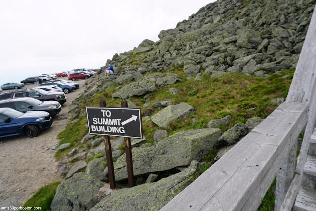 Parking en la Cima de Mount Washington, New Hampshire