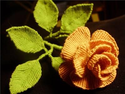Como hacer una Rosa y las Hojas en Macrame