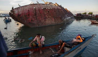 Οι νέοι πειρατές της Καραϊβικής -Σκηνικό ανομίας με ρεσάλτα 77d42f8ab96