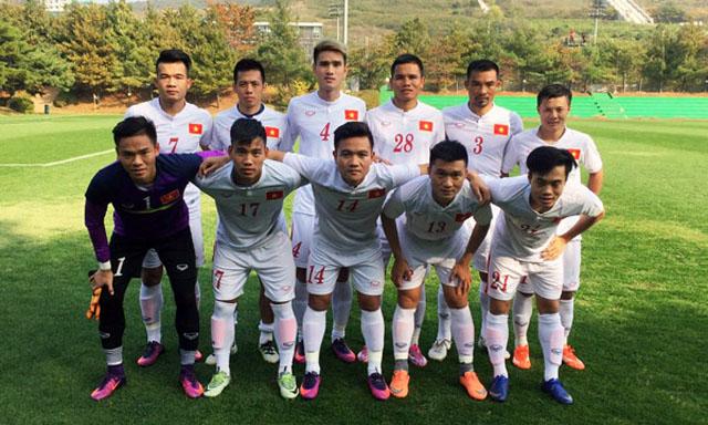 Trực tiếp Việt Nam 3-0 Seoul: Văn Quyết lập cú đúp