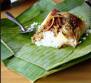 Coconut Fish and Rice Banana Leaf Wrap Recipe