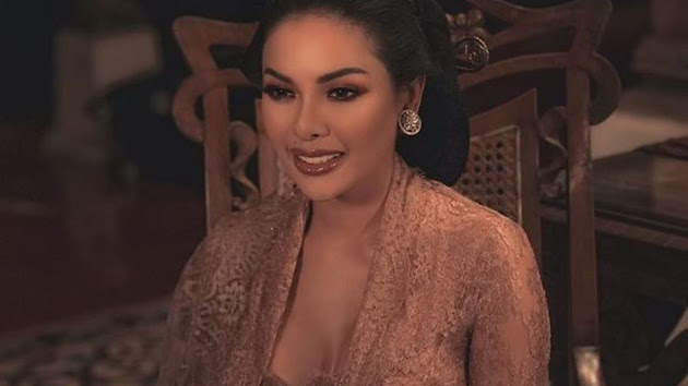 Tabuh Genderang Perang, Nikita Mirzani Memuntahkan Emosinya Disinggung oleh Dewi Perssik: Dia Bilang Anak Gue 3, Beda Bapak Semua!