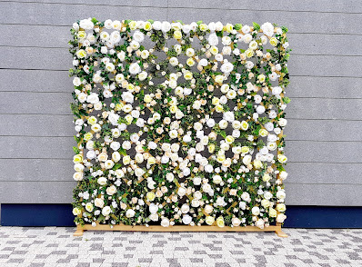 ścianka kwiatowa boho wypożyczalnia dekoracji rzeszów ślubnażyczenie