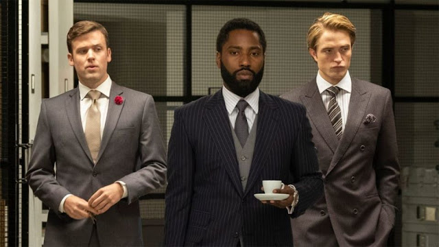 John David Washington y Robert Pattinson. Foto de Warner Bros.