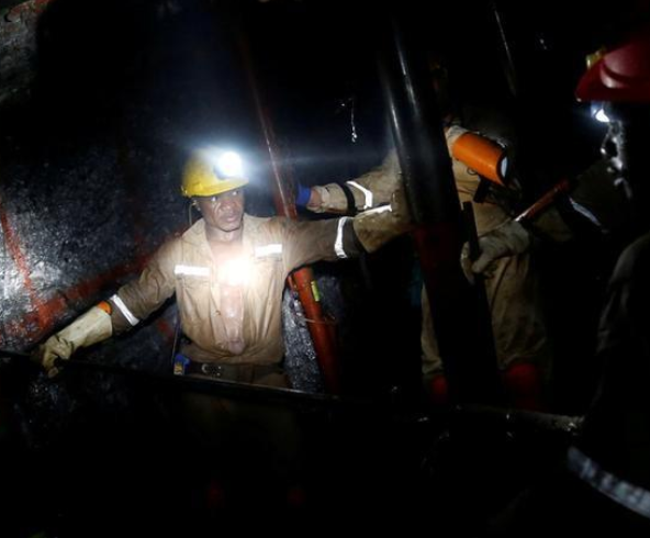 Over 1,000 gold miners stuck underground in South Africa