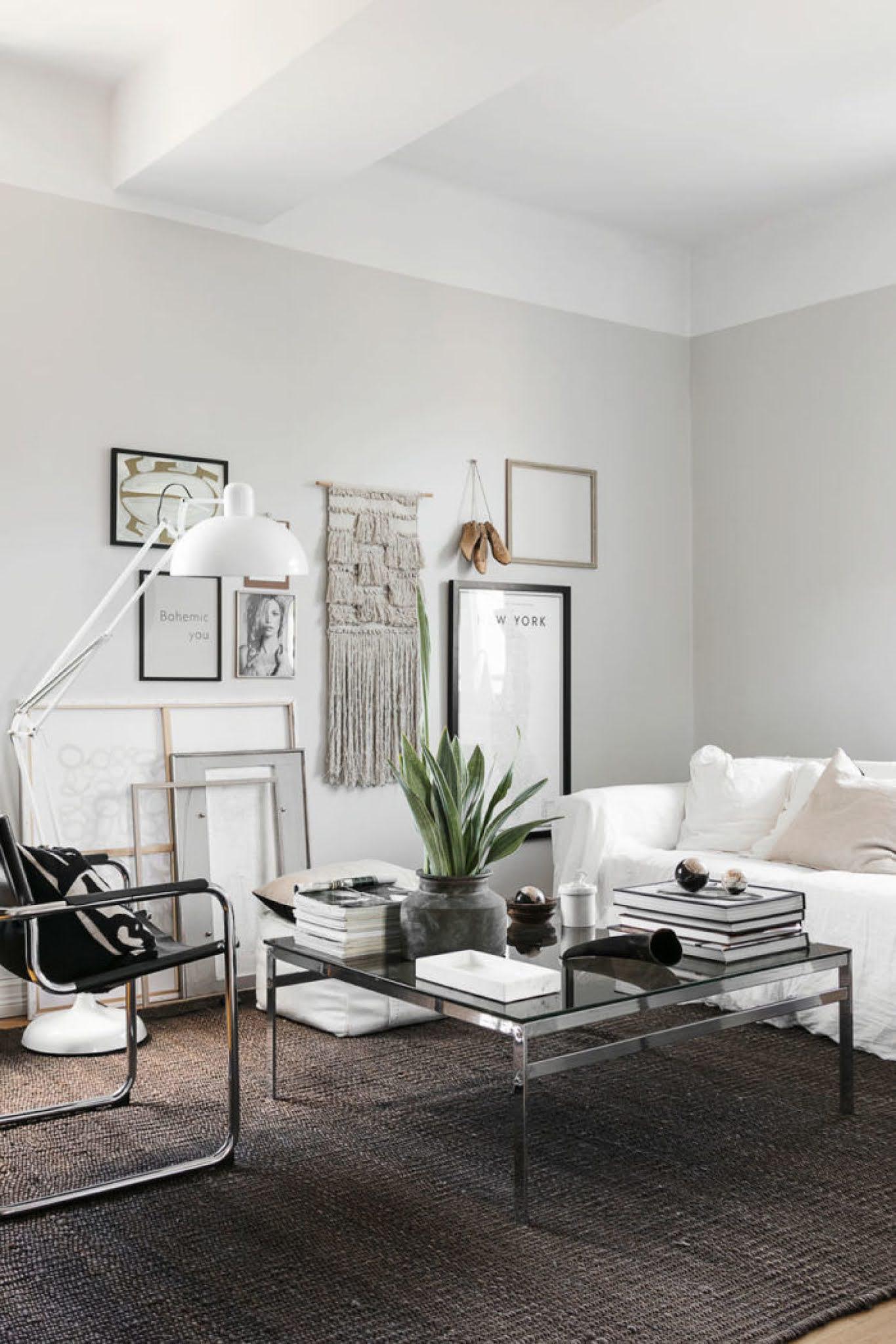 Elegante interior en blanco y negro