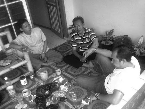 Contoh dialog bahasa Sunda kasar